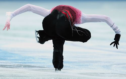 isu-grand-prix-figure-skating-20121208-081435-884_R.jpg